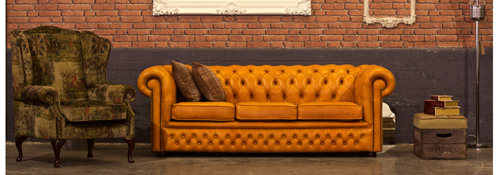 Buckingham Tudor Chesterfield Sofa
